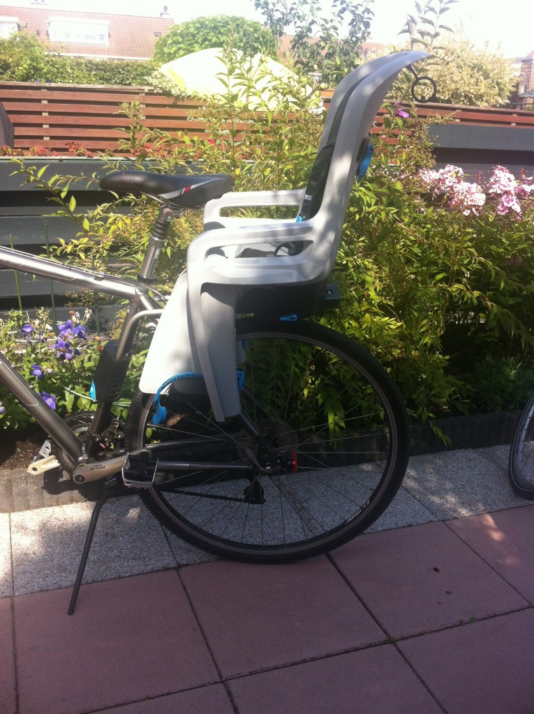 Vrije tijd | Thule RideAlong = Sportief fietsen met je kindje - review door Stijlvol Mama blog www.stijlvolmamablog.nl